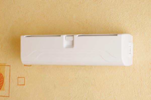 Стеновой приточный вентиляционный клапан на пластиковые окна Домвент-Оптима
